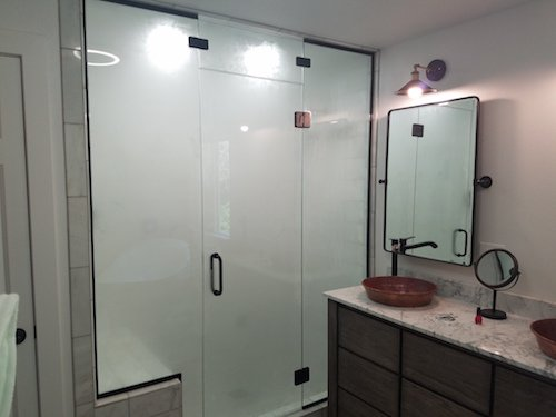framed and frameless shower doors with designs